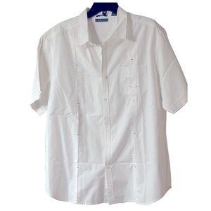 Men Cubavera white pocket cotton button down shirt